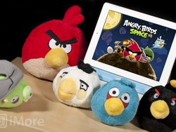 Angry Birds Space updates with 10 new levels