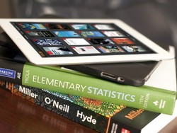 Some publishers already settling on e-book pricing, but Apple's not budging yet