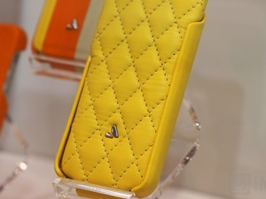 Vaja at CES 2012 gallery: High-end meets high-color