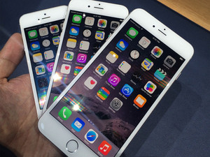Which iPhone should you get: iPhone 6 or iPhone 6 Plus?