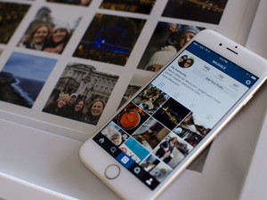 Turn your Instagram pics into an awesome wall collage!