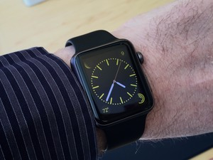 Apple Watches are coming to Best Buy, and this is a good thing