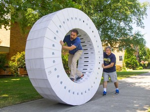 How to make a massive wheel out of iMac boxes