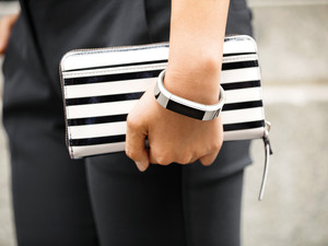 Best replacement bands for Fitbit Alta