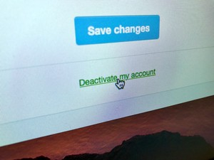 How to delete your Twitter account 🚫🐥