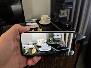 ARKit 2 Review: Can I have my glasses now?