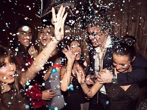 Best apps for planning your New Year's Eve party!