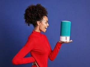 Which one is best, the Apple HomePod or Libratone Zipp 2?