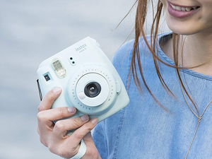 Snap up a Fujifilm Instax Mini 9 camera for its best price yet