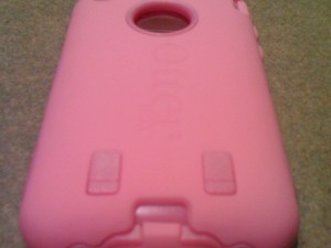 OtterBox Defender for iPhone 3G, iPhone 3GS [Project Pink!]