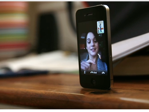 "FaceTime helping couples keep ""in touch"""