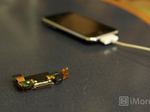 How to replace the dock assembly in an iPhone 3G/3GS