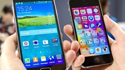 Galaxy S5 or iPhone 5s: Which phone should you get?