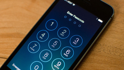 Apple ordered to help unlock iPhone in Boston case, court records show