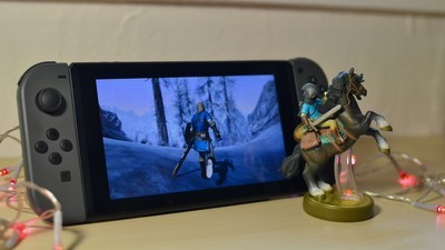 Skyrim in Link's outfit on Nintendo Switch