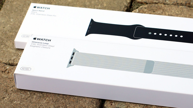 Apple Watch Sport and Milanese band boxes