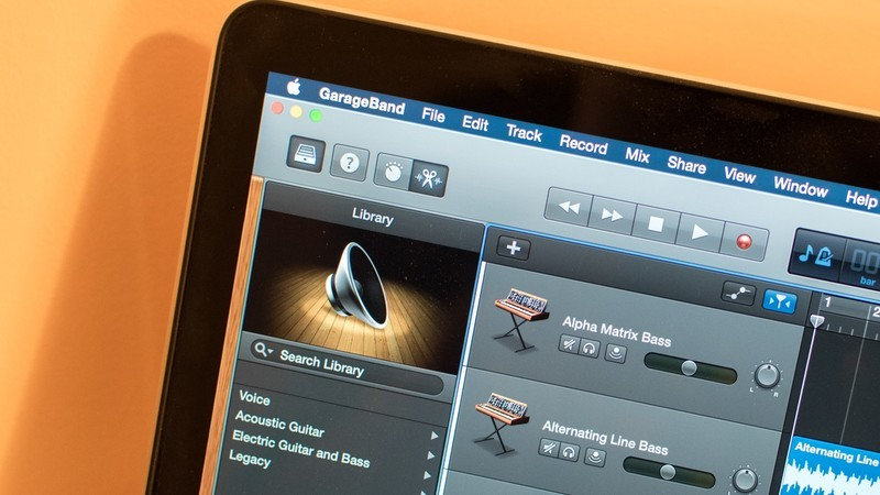Get free Artist Lessons and more with GarageBand 10.3