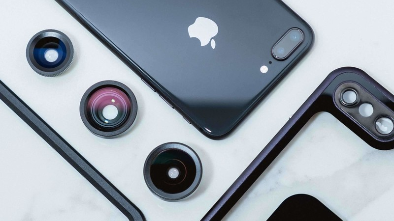 Turn your iPhone into a real camera with one of these lens kits