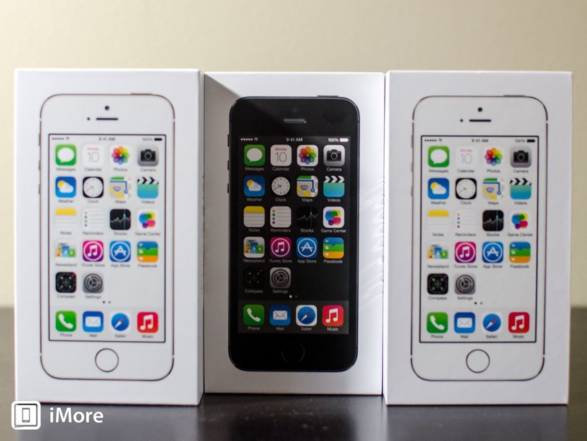 iPhone 5s photo comparison: Gold, Silver, and Space Gray