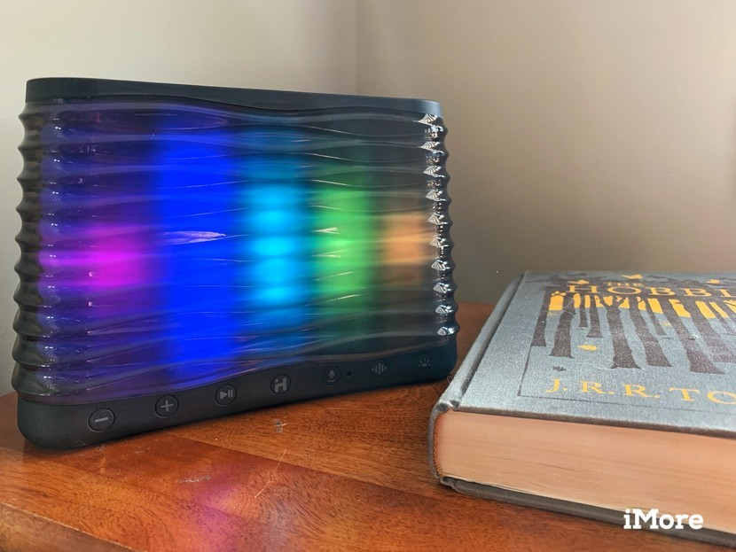 iHome iBT751 Bluetooth Speaker Review: Mediocrity at its