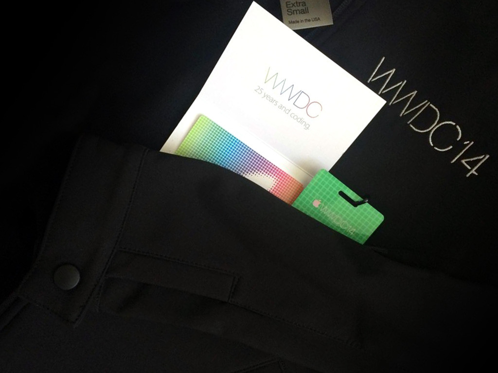 WWDC 2014 swag bag includes a $25 App Store gift card and conference jacket