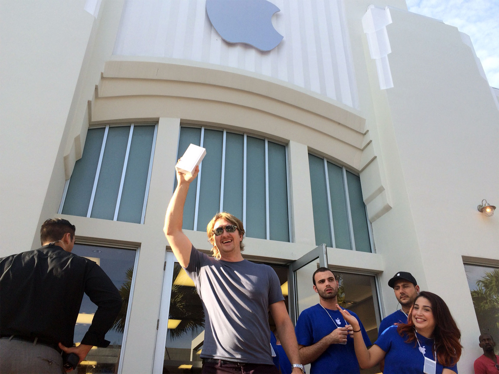 How was your iPhone 6 launch day?