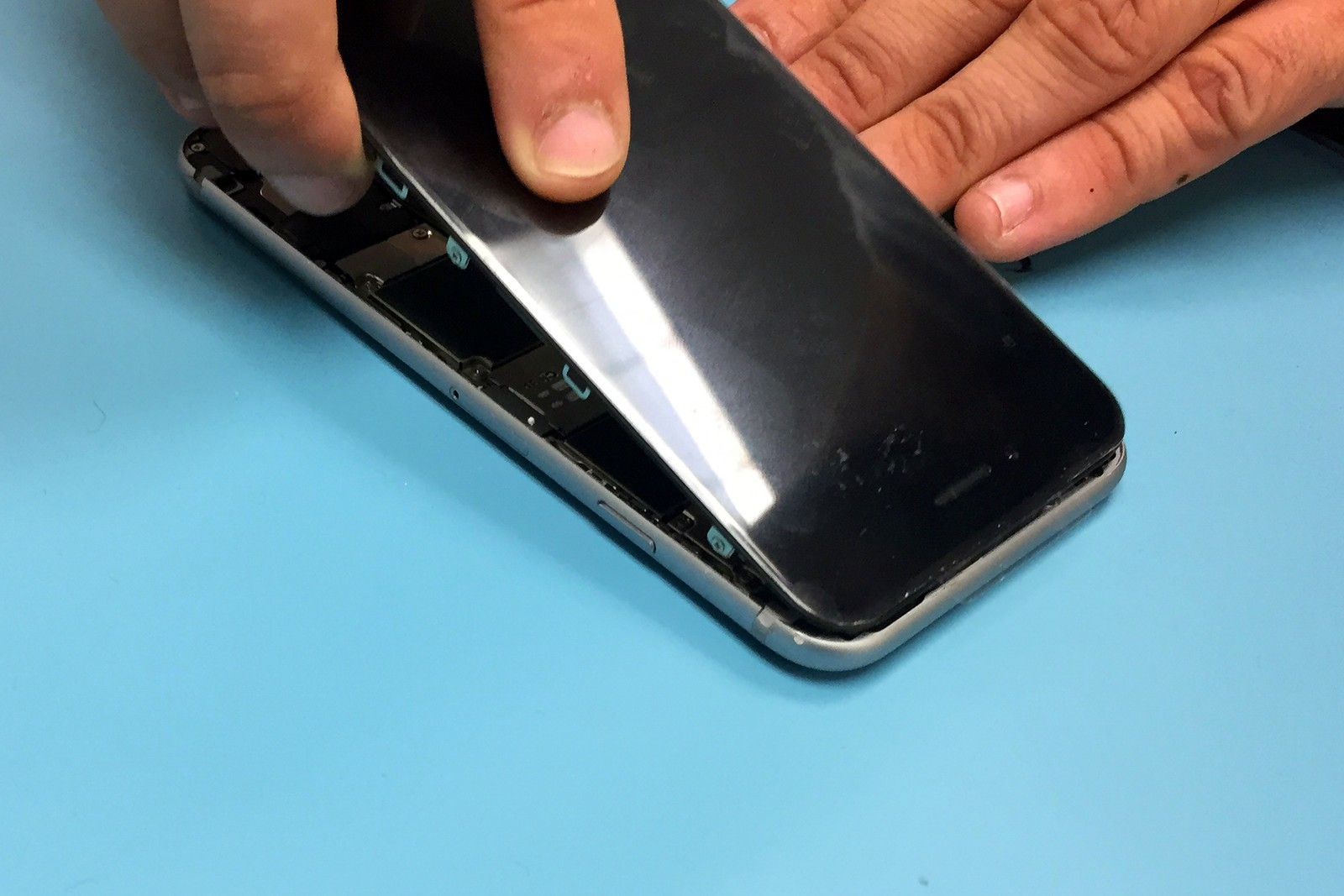 iphone 6 battery replacement how to replace the iphone 6 battery imore 1907