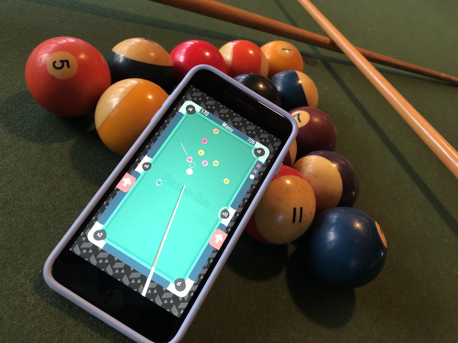 What are the basic rules of the game of billiards?