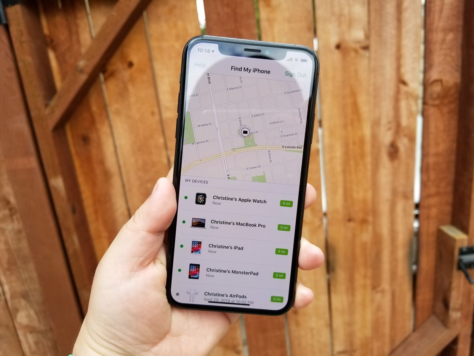 Find Iphone From Another Iphone