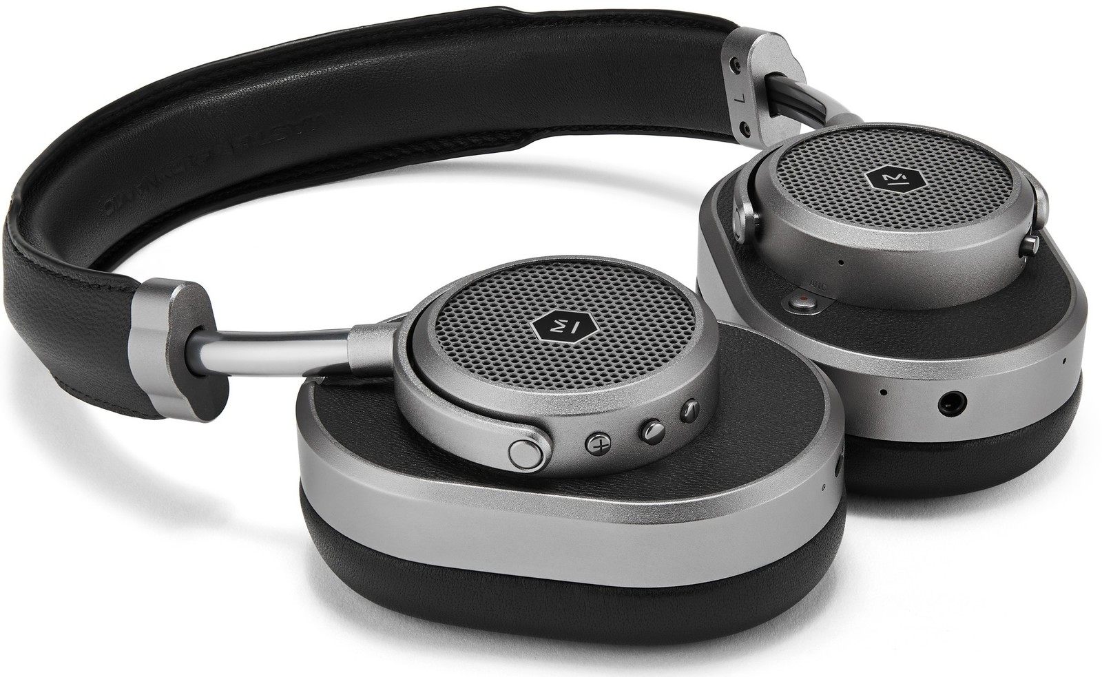b5ab3ab3e06 However, moving forward perhaps M&D would be wise to change things up and  do more than just change the colors of its headphones. I'm thinking new  metals, ...