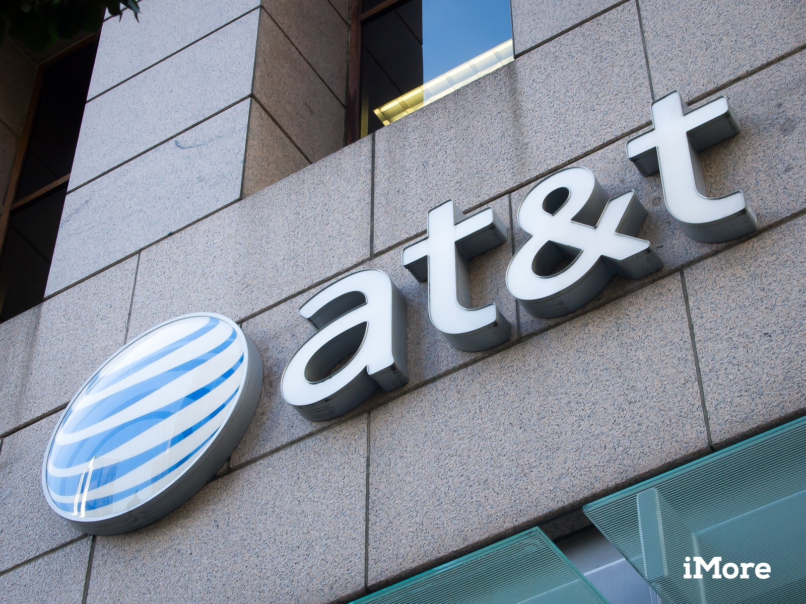 AT&T reportedly interested in acquiring DirectTV to better compete against Comcast