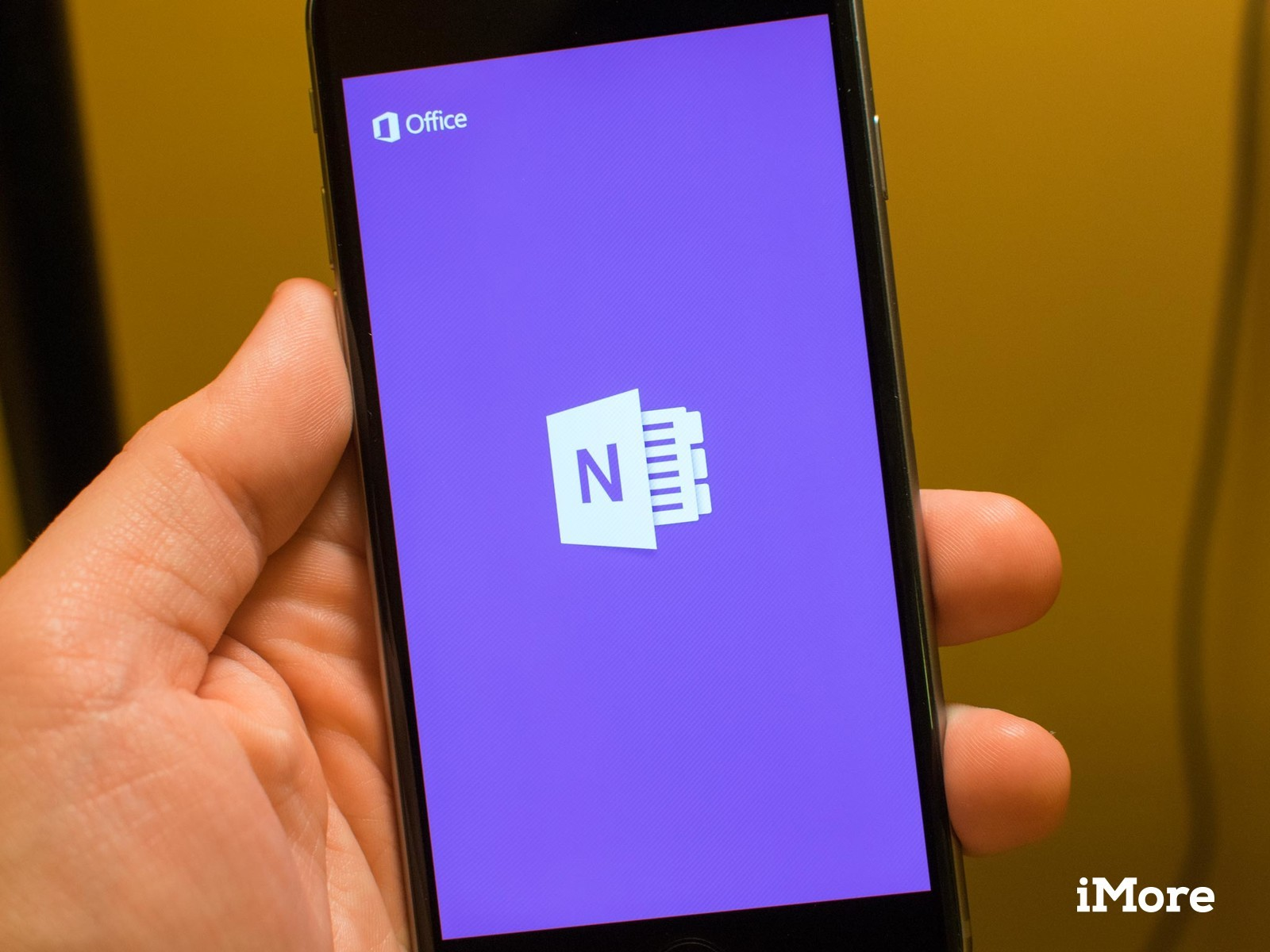 OneNote for iPhone gets support for Touch ID, iPhone 6 and 6 Plus
